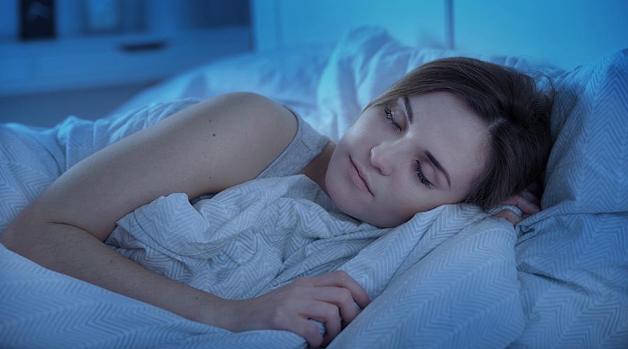 ¿Qué es la melatonina y cómo puede ayudarte a dormir mejor?